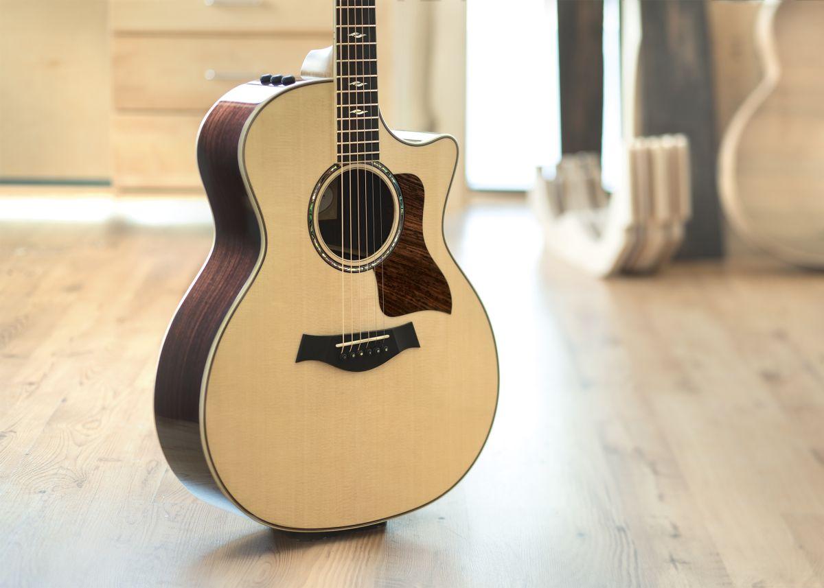 review taylor grand auditorium 814ce acoustic electric guitar guitarworld. Black Bedroom Furniture Sets. Home Design Ideas