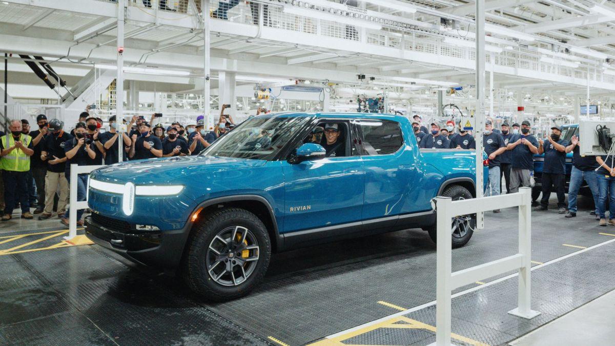Rivian R1T electric truck beats Ford F-150 Lightning and Tesla Cybertruck