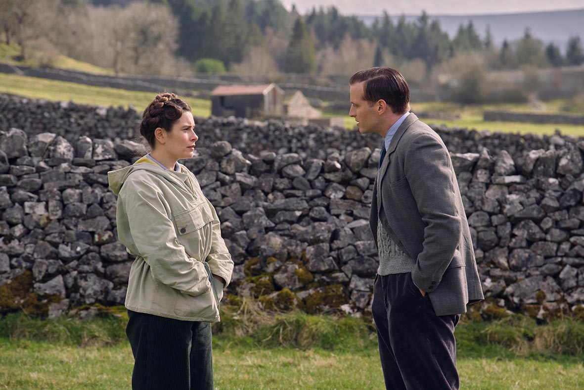 Nicholas Ralph as James Herriot and Rachel Shenton as Helen Alderson in All Creatures Great and Small