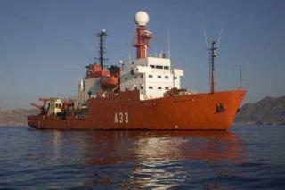 malaspina-ship-101217-02