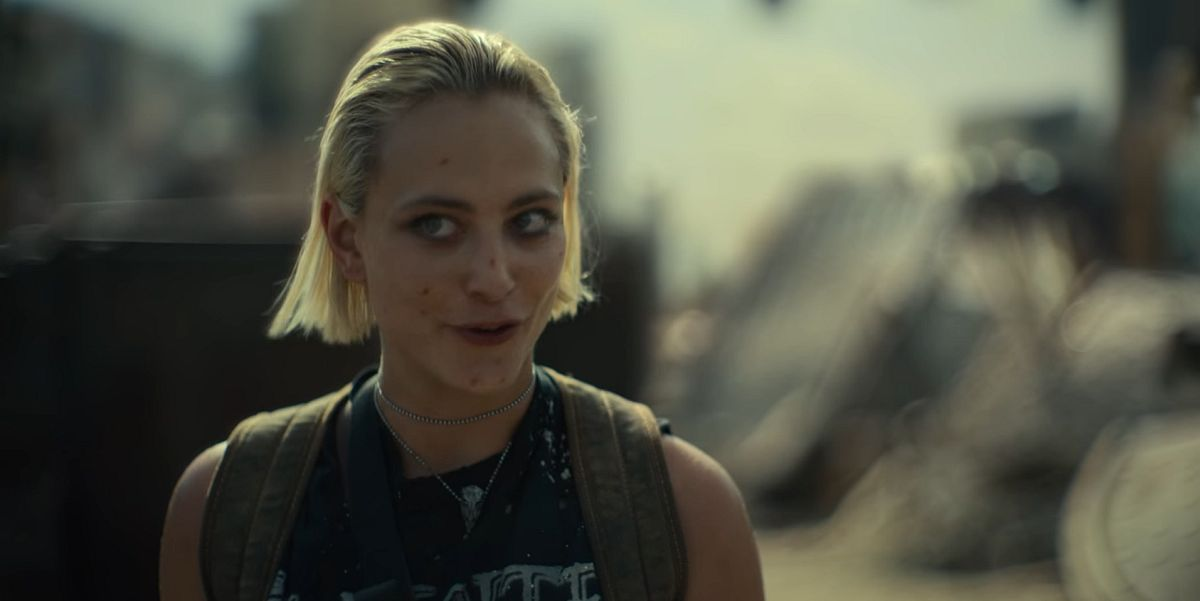 Nora Arnezeder as Lily in Army of the Dead