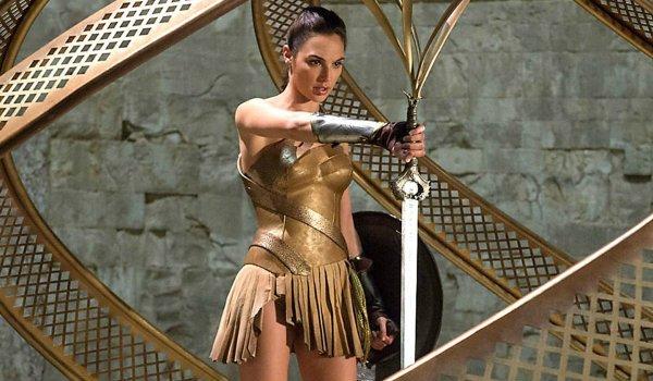 gal gadot wonder woman god killer sword