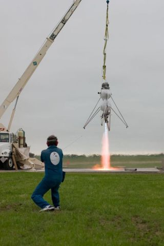 Space Tourism Firm to Offer Suborbital Joy Rides at Lower Costs
