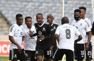 Linda Mntambo celebrates his goal with teammates