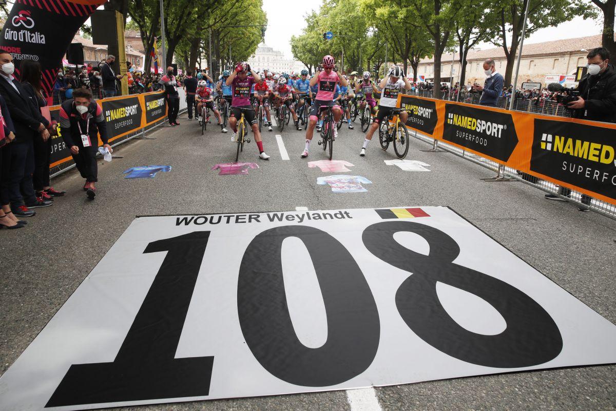 Wouter Weylandt remembered at the Giro d'Italia