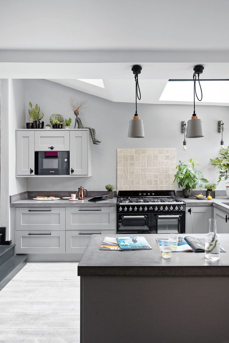 20 Seriously Striking Chic And Contemporary Grey Kitchen Ideas Livingetc