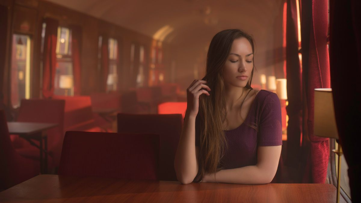 Home photography ideas: Use artificial fog to create a cinematic portrait
