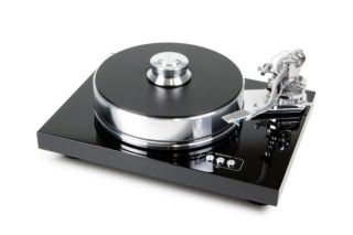 Save £1000 on Pro-Ject Xpression and Signature record players