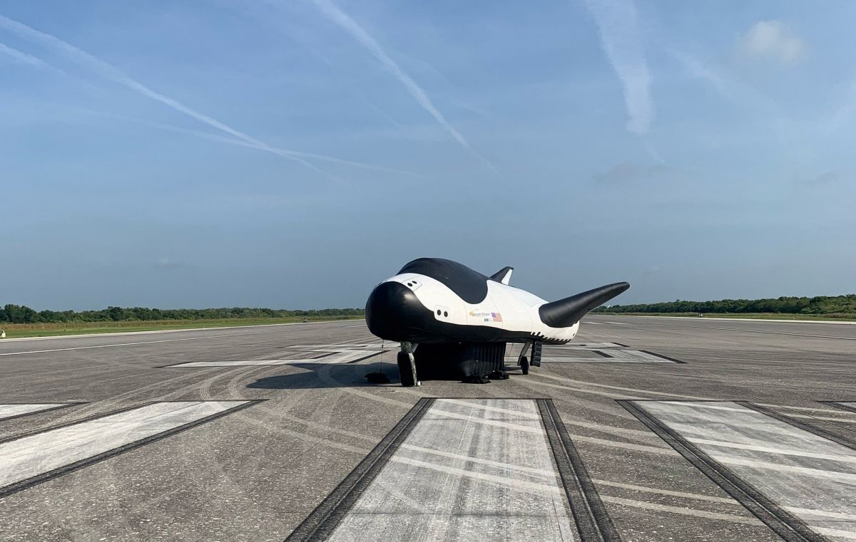 Private Dream Chaser space plane to land on NASA's former shuttle runway