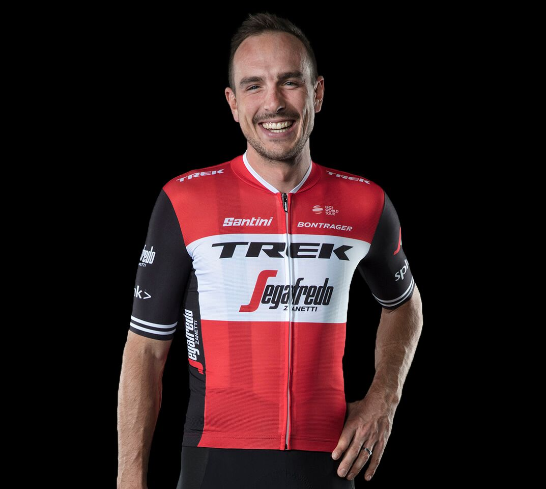 Trek-Segafredo reveal new men s and women s team kits for 2019 season bd1d37069