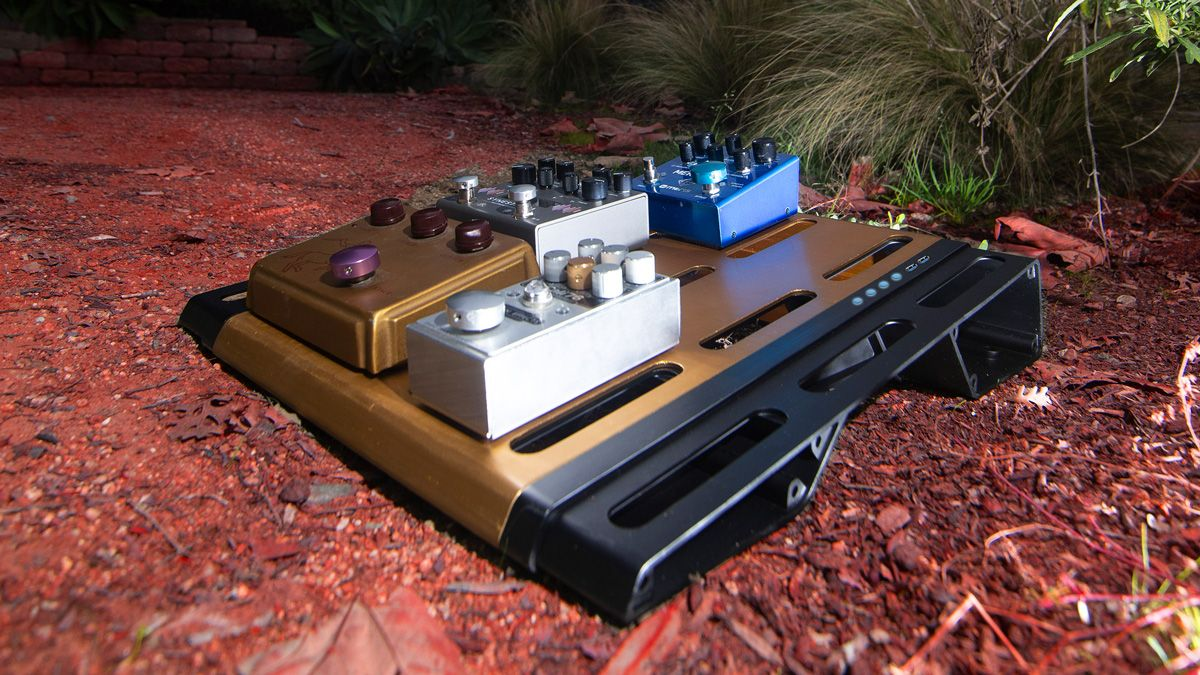 Gruv Gear may have just revolutionized pedalboards with its modular LYNK design