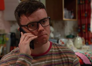 Vinny gets the call he was waiting for in Emmerdale