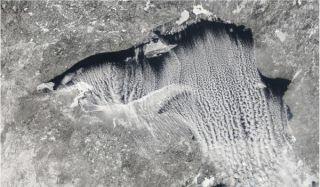 lake-clouds-110216-02