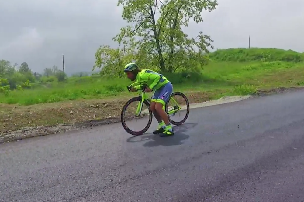 Watch: Vittorio Brumotti shows off his skills ahead of Giro d'Italia stage 14