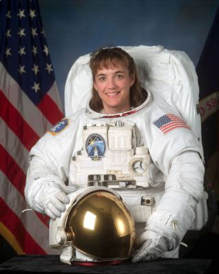 Astronaut Biography: Heidemarie Stefanyshyn-Piper