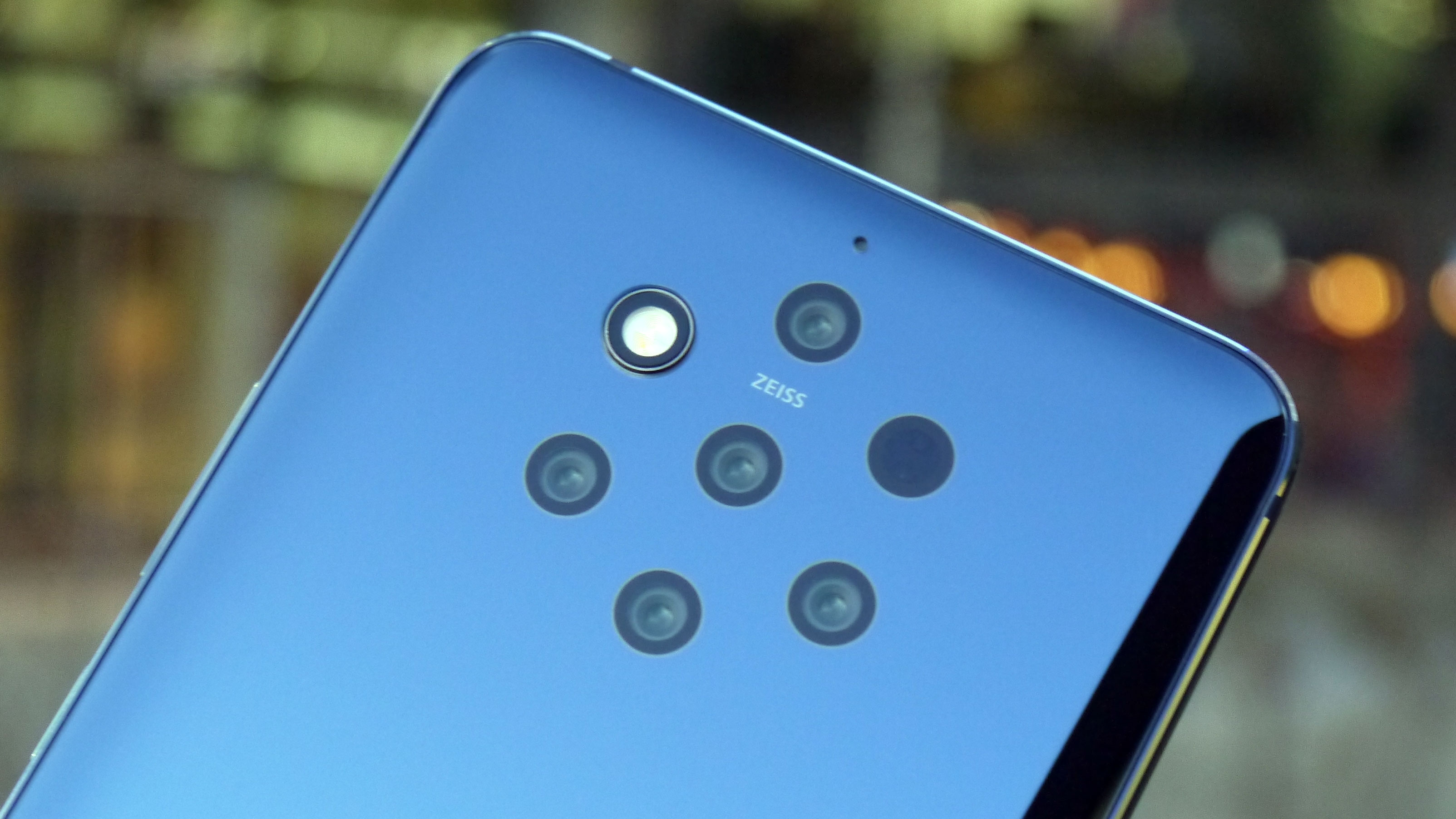 The Nokia 9 PureView's five rear cameras