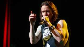 The Slash and Alter Bridge frontman gives it up for the great voices that have inspired him through the years