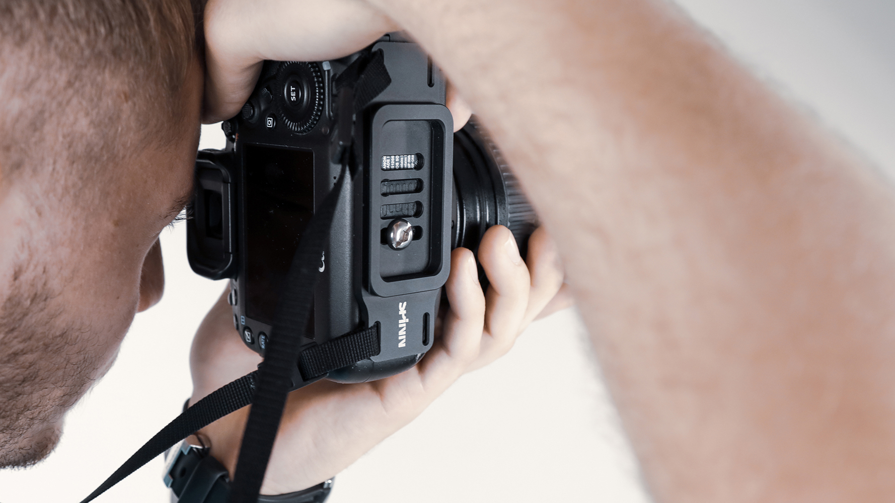 SPINN carrying system aims to reinvent the common camera strap | Digital Camera World