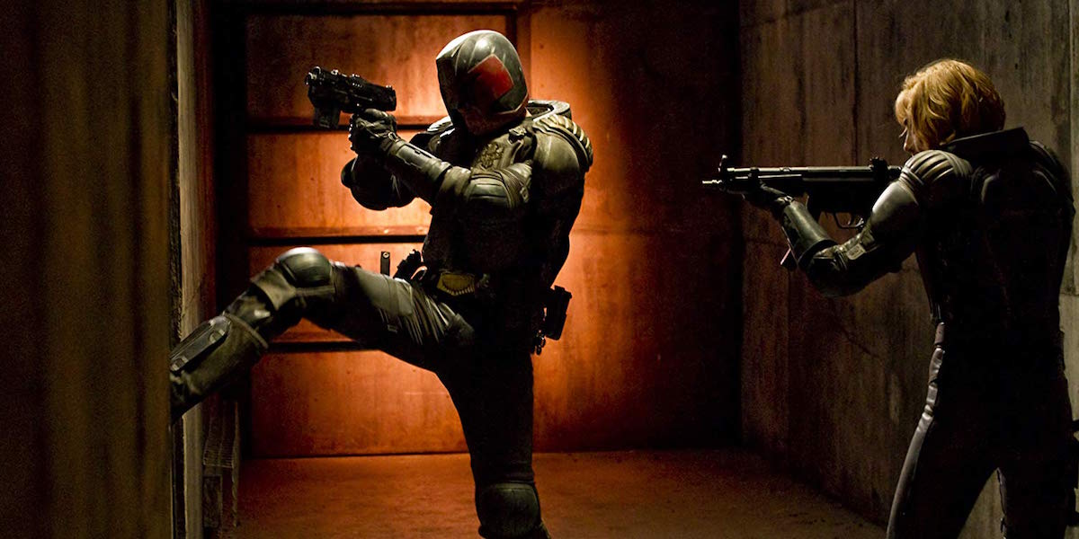 Dredd kicking in door