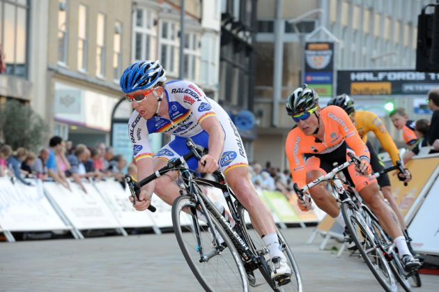 Holloway heads break, Tour Series 2012, round 6, Peterborough