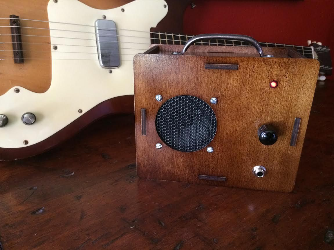 Build This Simple DIY Guitar Amp Kit