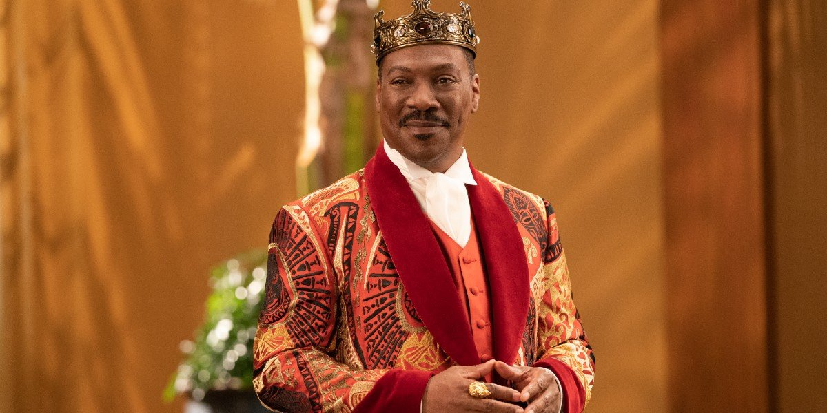 Prince Akeem (Eddie Murphy) smiles in Coming 2 America (2021)