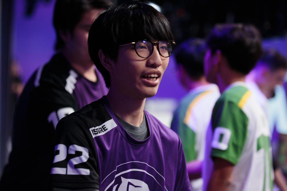 Watch this Overwatch pro dismantle his former team in a stunning upset