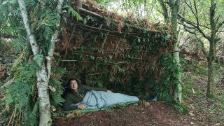 how to build a natural shelter