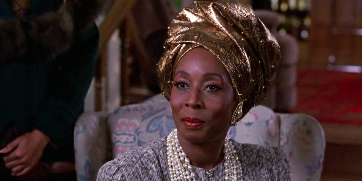 Madge Sinclair as Queen Aoleon Joffer in Coming to America (1988)