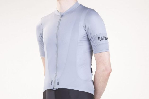 Rapha Pro Team Flyweight jersey review - Cycling Weekly b8ae05031