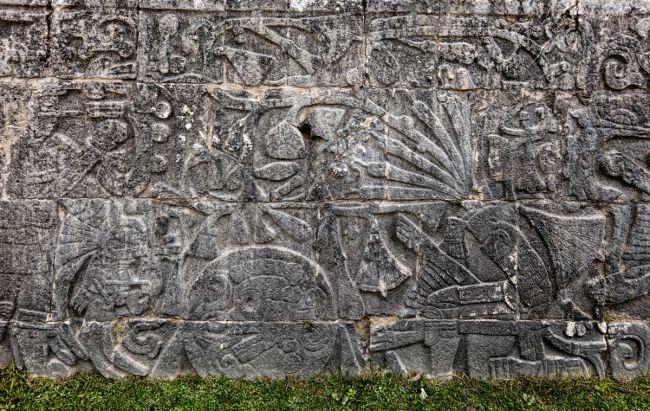 Maya human sacrifice.