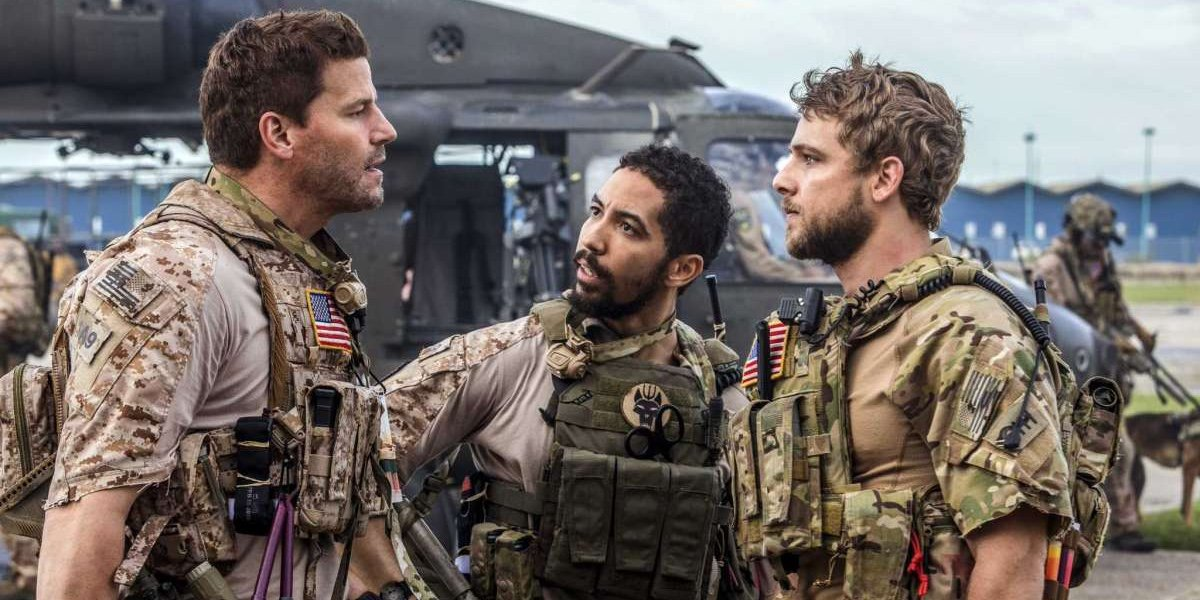 David Boreanaz as Jason Hayes, Neil Brown Jr. as Ray Perry and Max Thieriot as Clay Spenser in SEAL Team.