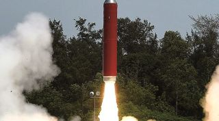 An Indian PDV-Mk II missile lifts off March 27 en route to intercept and destroy Microsat-R.