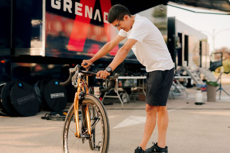 Richard Carapaz given his new Olympic gold bike