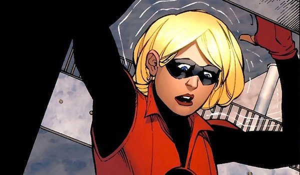 Cassie Lang as Stature