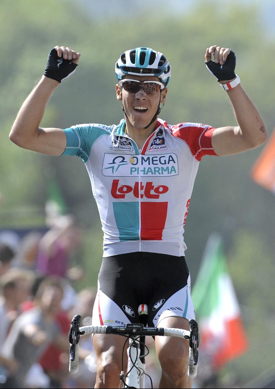 Philippe Gilbert wins Fleche Wallonne 2011