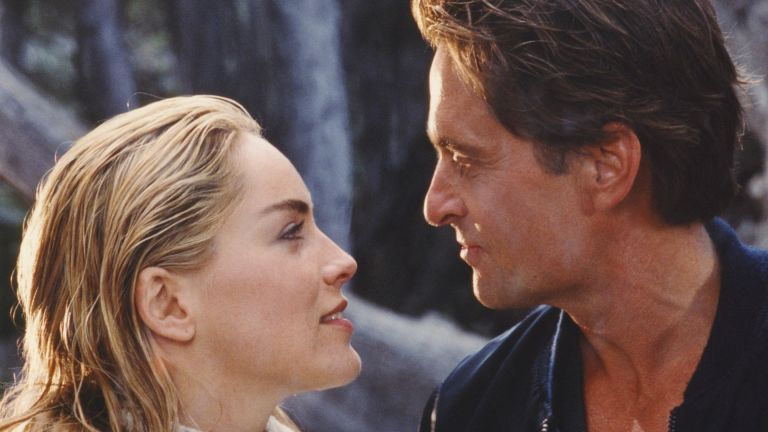 Michael Douglas, Sharon Stone / Basic Instinct 1992 directed by Paul Verhoeven