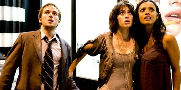 Cloverfield Rob Marlena and Lily looking up in panic
