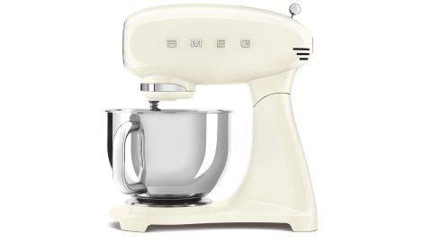 Smeg SMF03CRUS stand mixer review: image of mixer side on