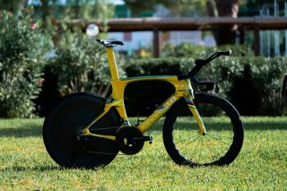Ineos Grenadiers gold TT bike