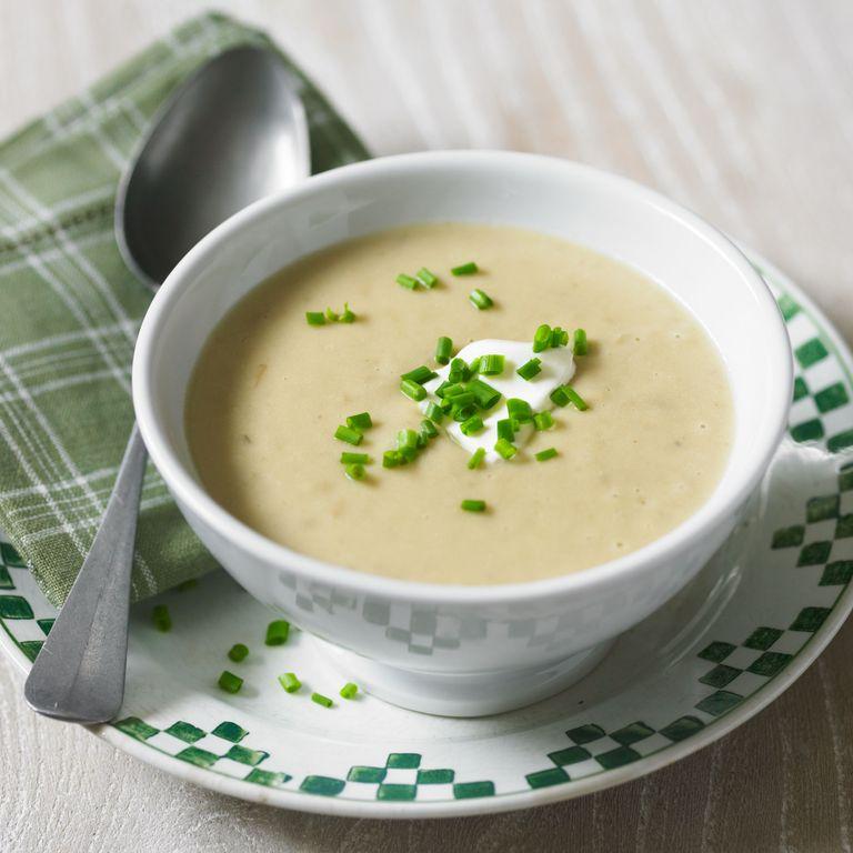 Lucy-Crabb-new-seasons-garlic-soup-recipe-cooking-photo