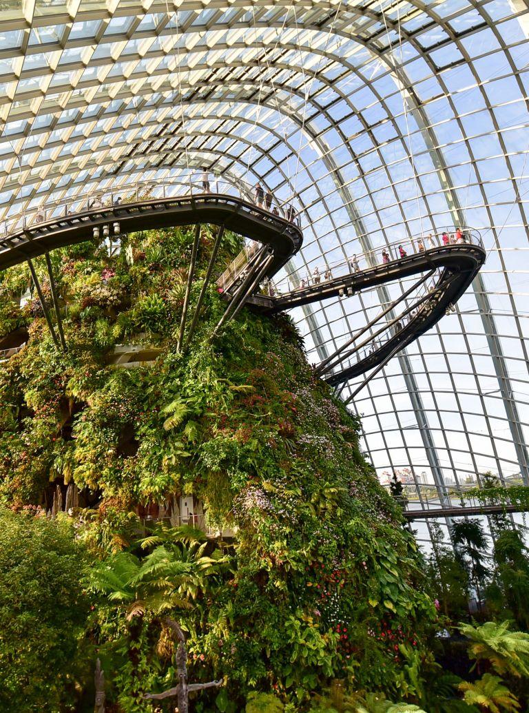 amazing gardens around the world
