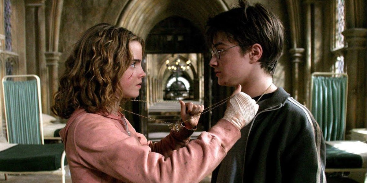 Emma Watson and Daniel Radcliffe in Harry Potter and the Prisoner of Azkaban