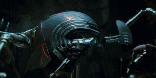 Kylo Ren mask in Star Wars: The Rise of Skywalker