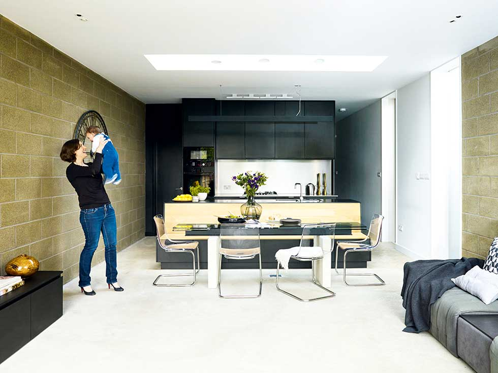 Real Home A Modern Extension To A Victorian Terraced Home Real Homes New Modern Victorian Kitchen Design Property