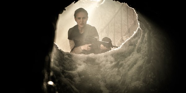 Annihilation Natalie Portman looking down a mysterious hole