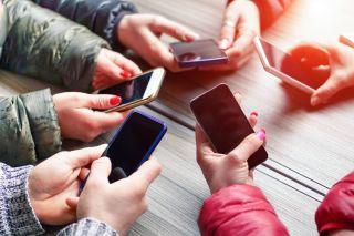 JAYNE: Hacked iphone teens