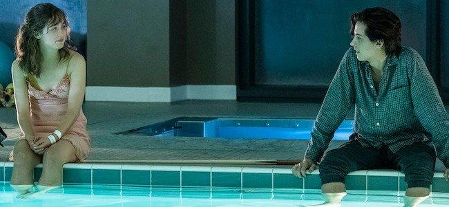 Five Feet Apart teenagers in a pool