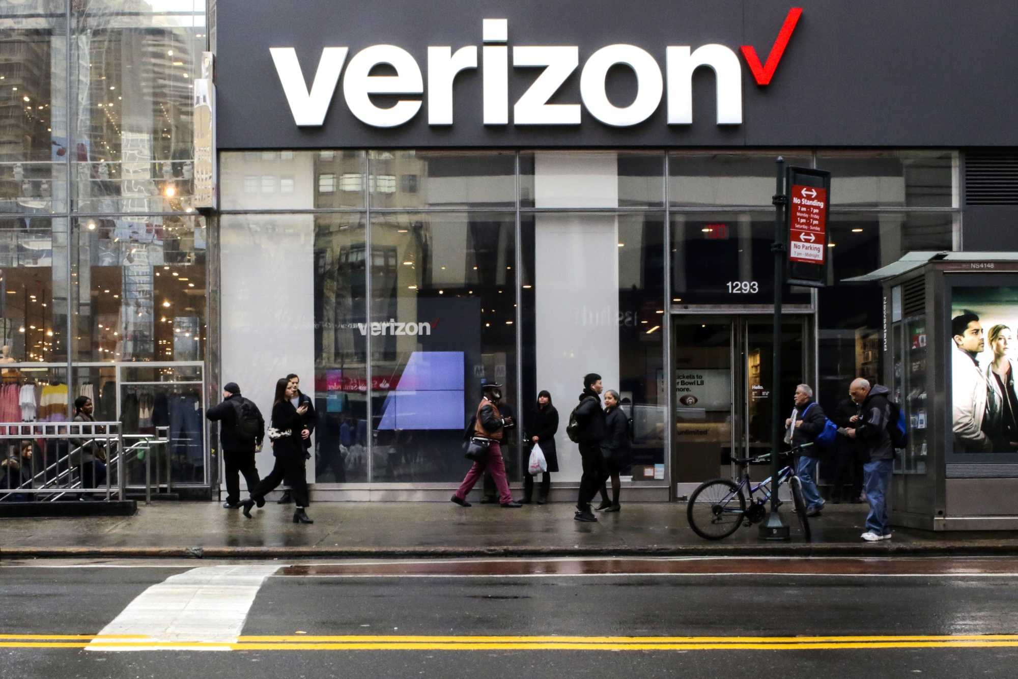 Best Prepaid Cell Phone Plans 2020.The Best Verizon Wireless Plans For 2019 Unlimited Prepaid