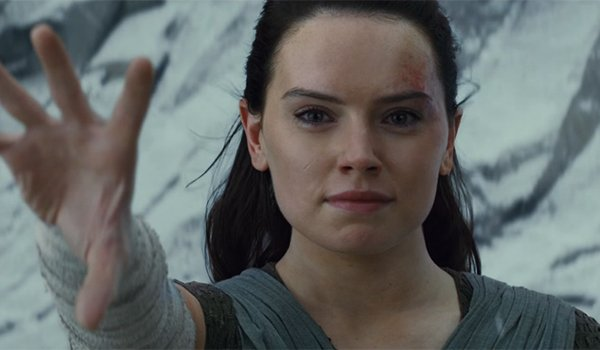 Rey using the force in Star Wars: The Last Jedi